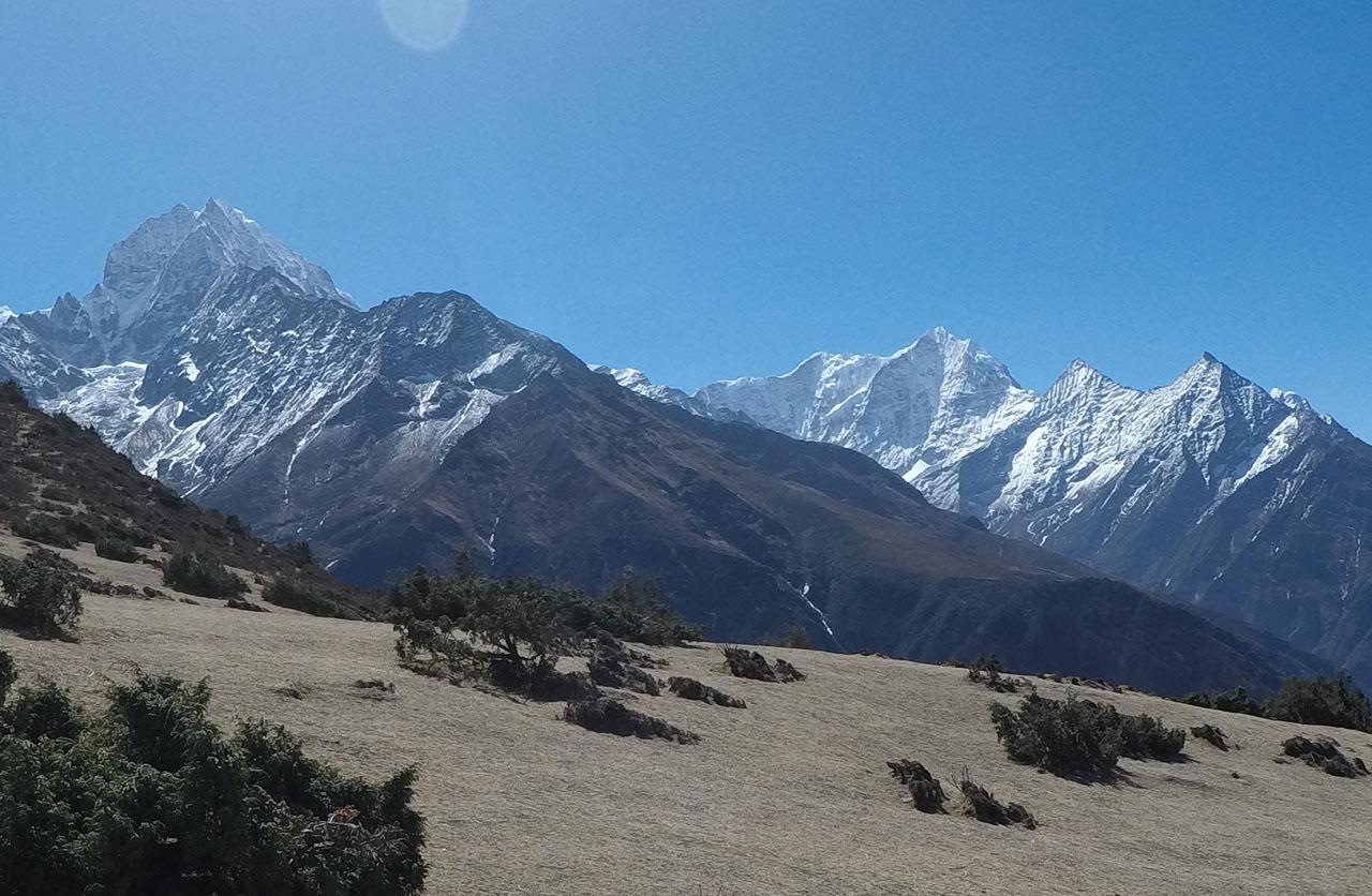 Risker och riskhantering inför och under en Everestbestigning.