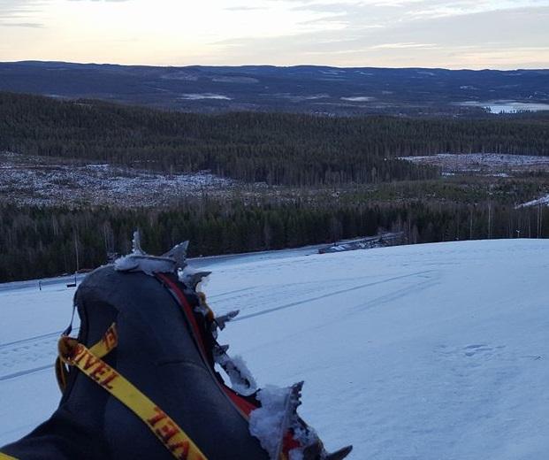 Var är all snö? Stegjärnsträning i Norrland.